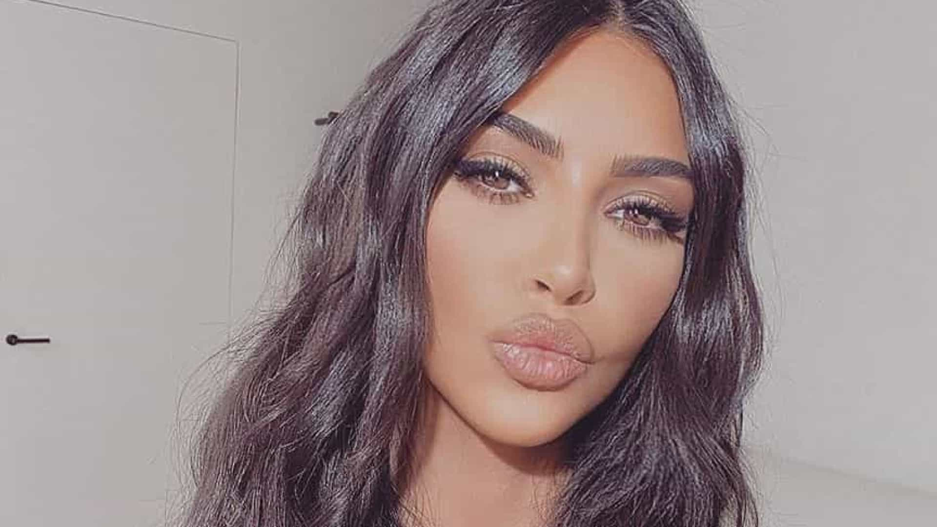 Kim Kardashian processa empresa que usou a sua imagem e pede 10 milhões