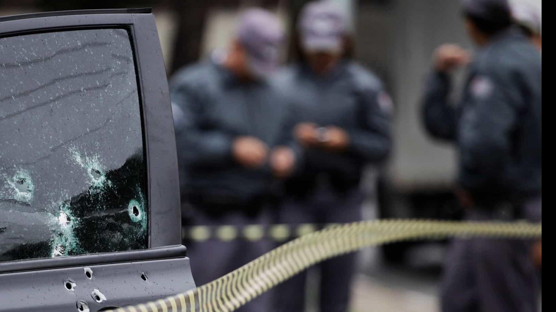Jovem de 19 anos é assassinada a tiros pelo companheiro em SP