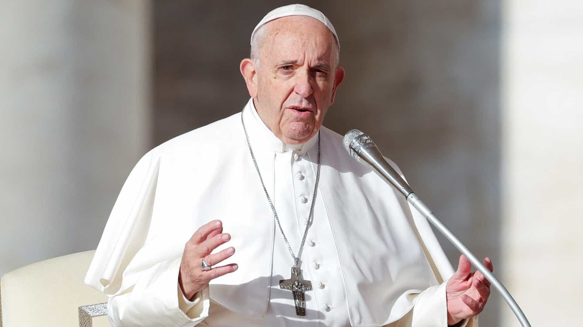 Papa Francisco chega a Bangcoc, primeiro destino da visita à Ásia