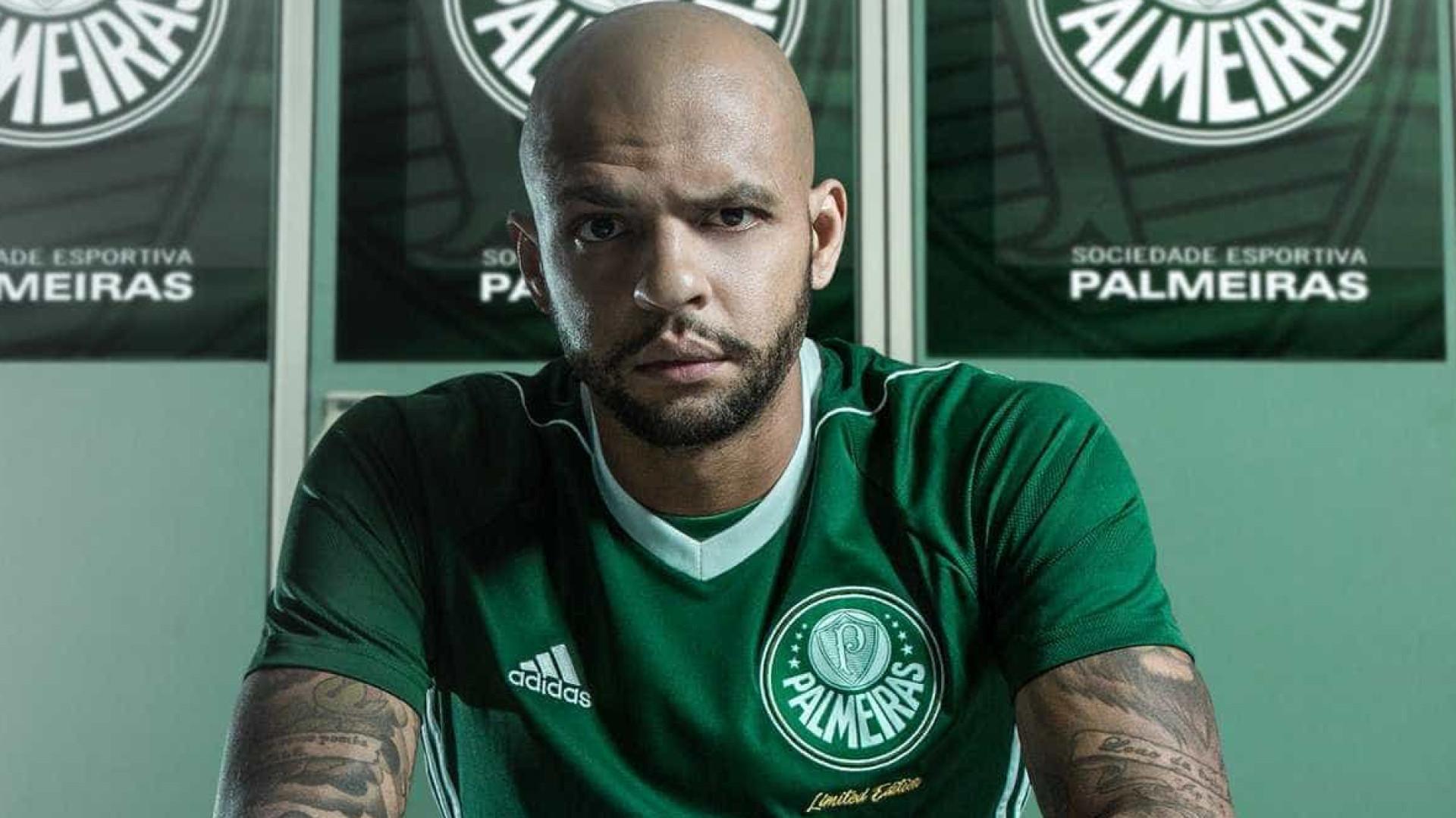 Felipe Melo se coloca à disposição e pode virar zagueiro no Palmeiras