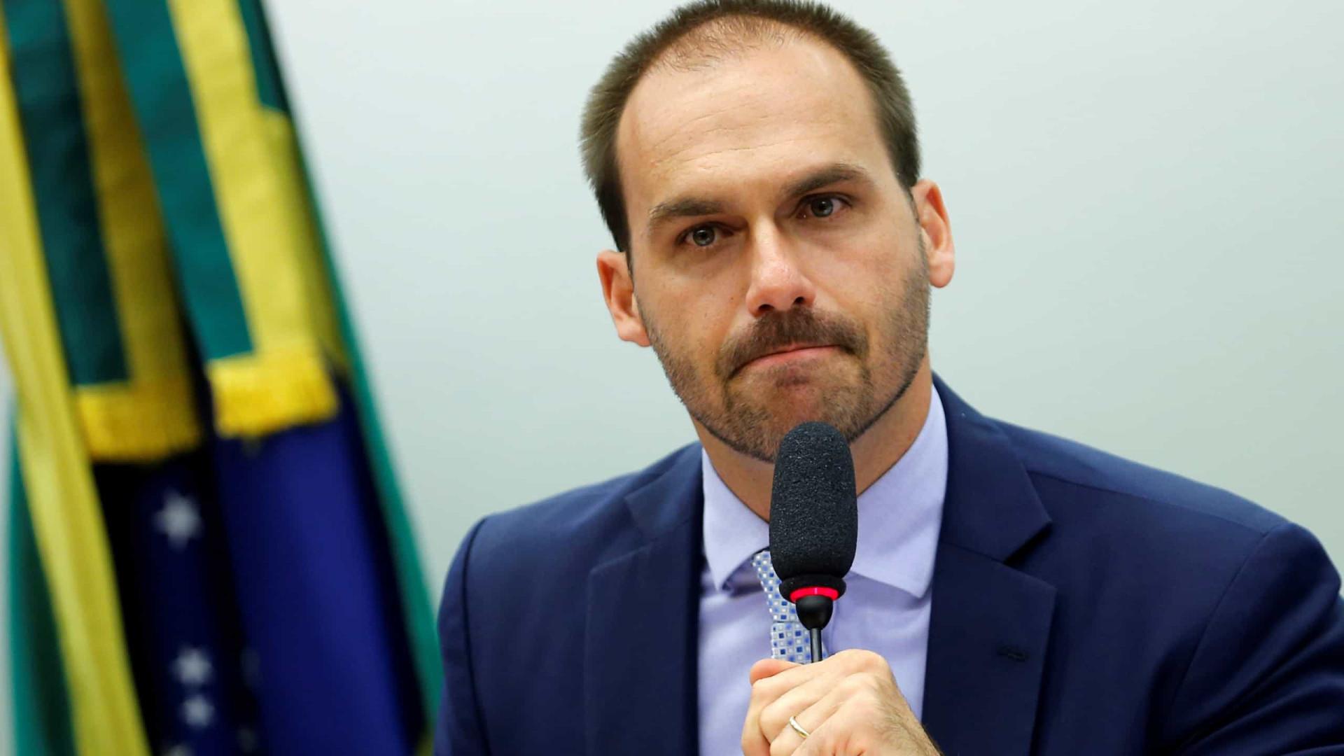 Eduardo critica Cid e Ciro fala de família Bolsonaro com milícias