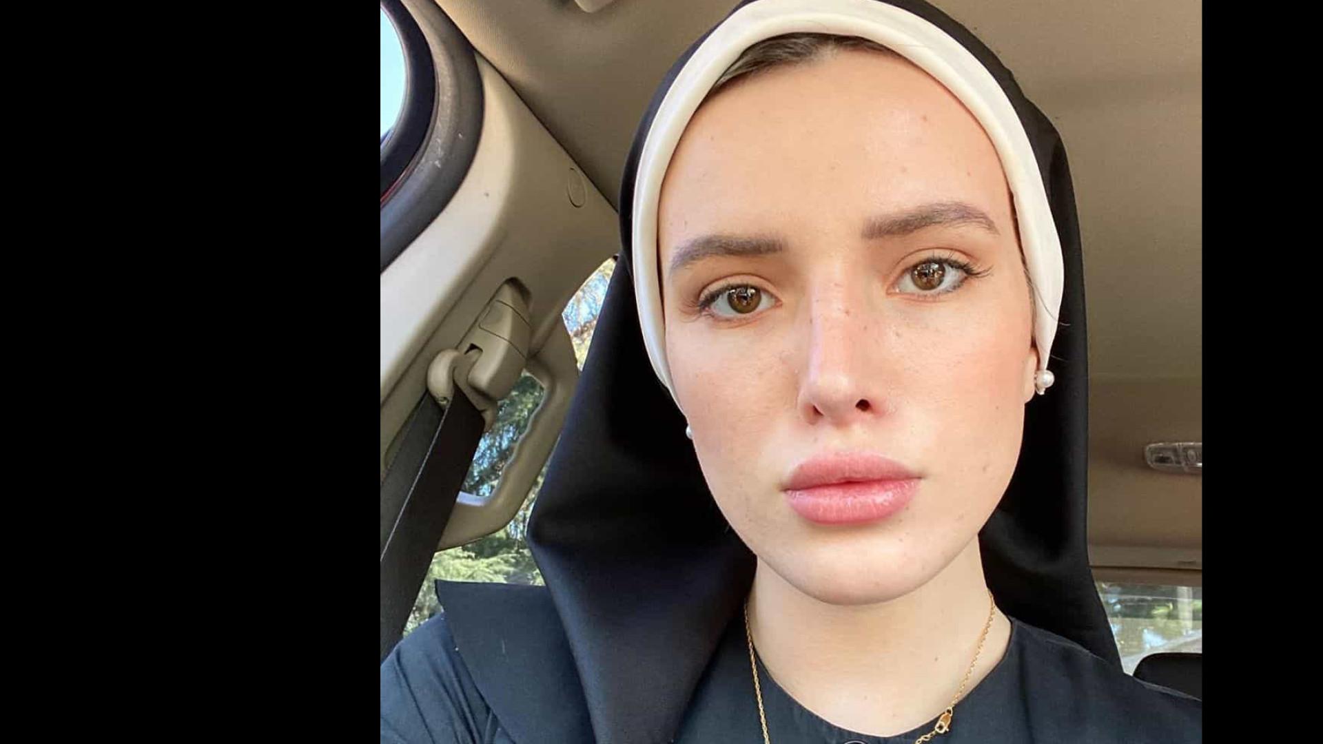 Bella Thorne publica foto de freira e internautas sugerem filme pornô
