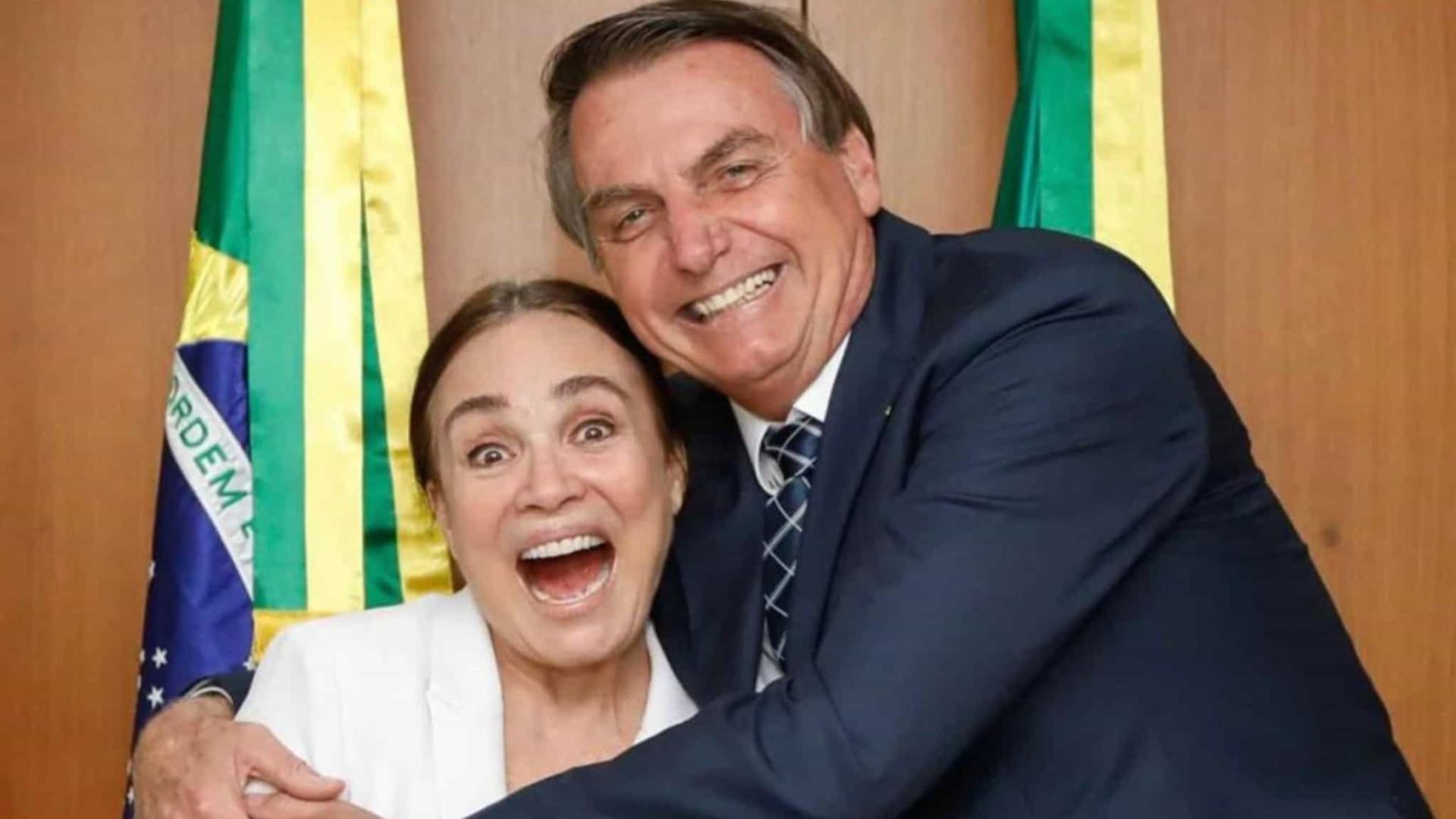 Regina Duarte encontra Bolsonaro para conversa definitiva sobre cargo