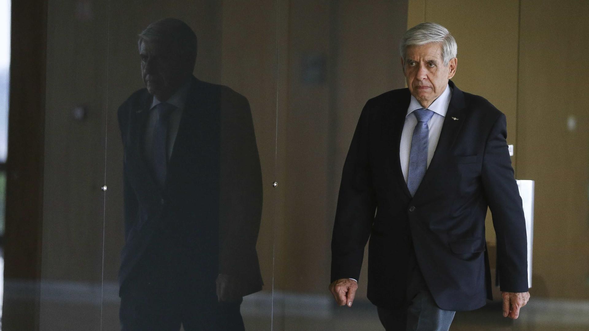 Heleno: Congresso faz chantagem para ficar com R$ 30 bi do Orçamento