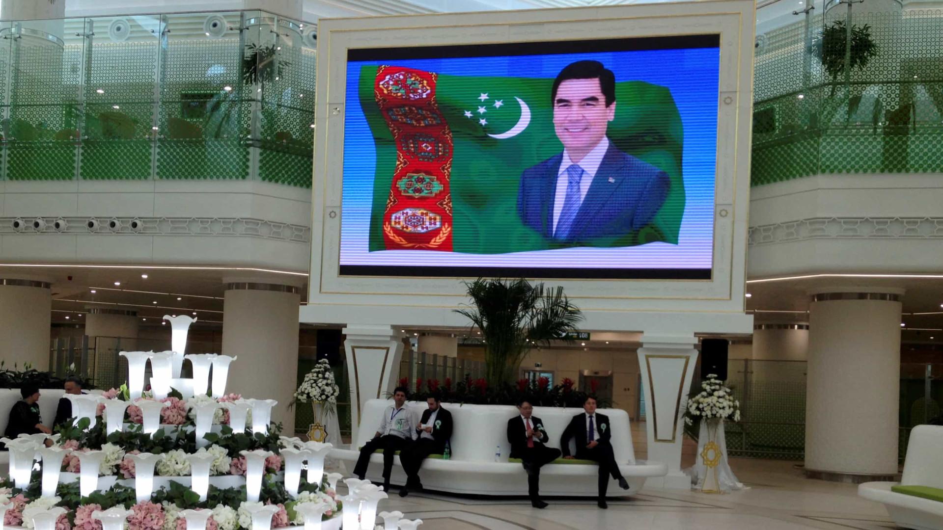 Ditador do Turcomenistão proíbe o uso da palavra coronavírus no país
