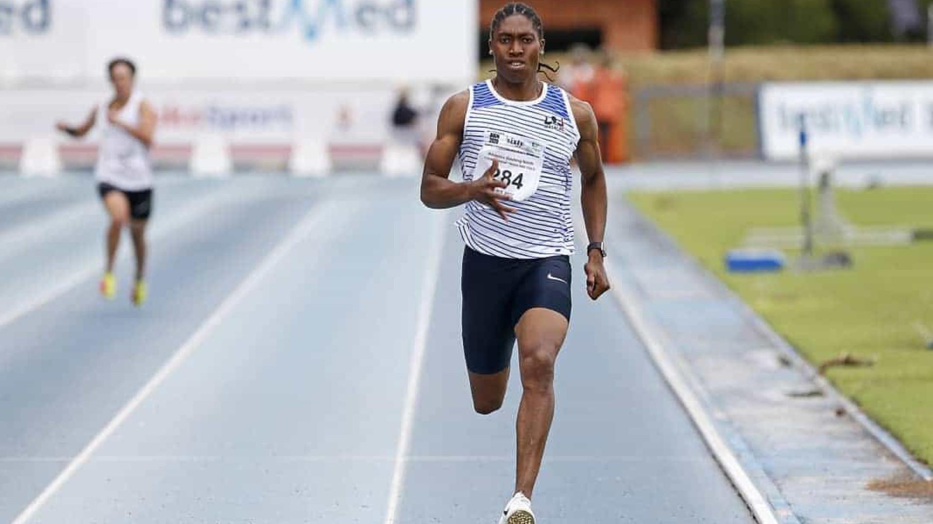 Sul-africana supera desafio de CR7 e faz 176 abdominais em 45 segundos