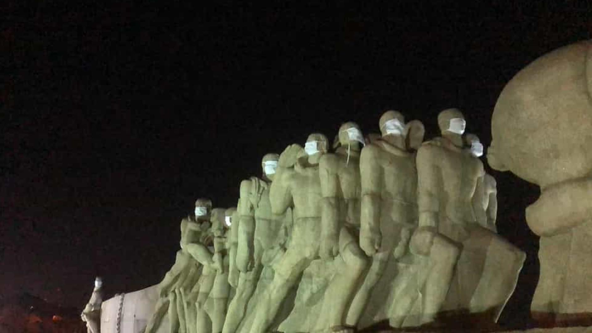 Monumentos da cidade de São Paulo ganham máscaras de proteção