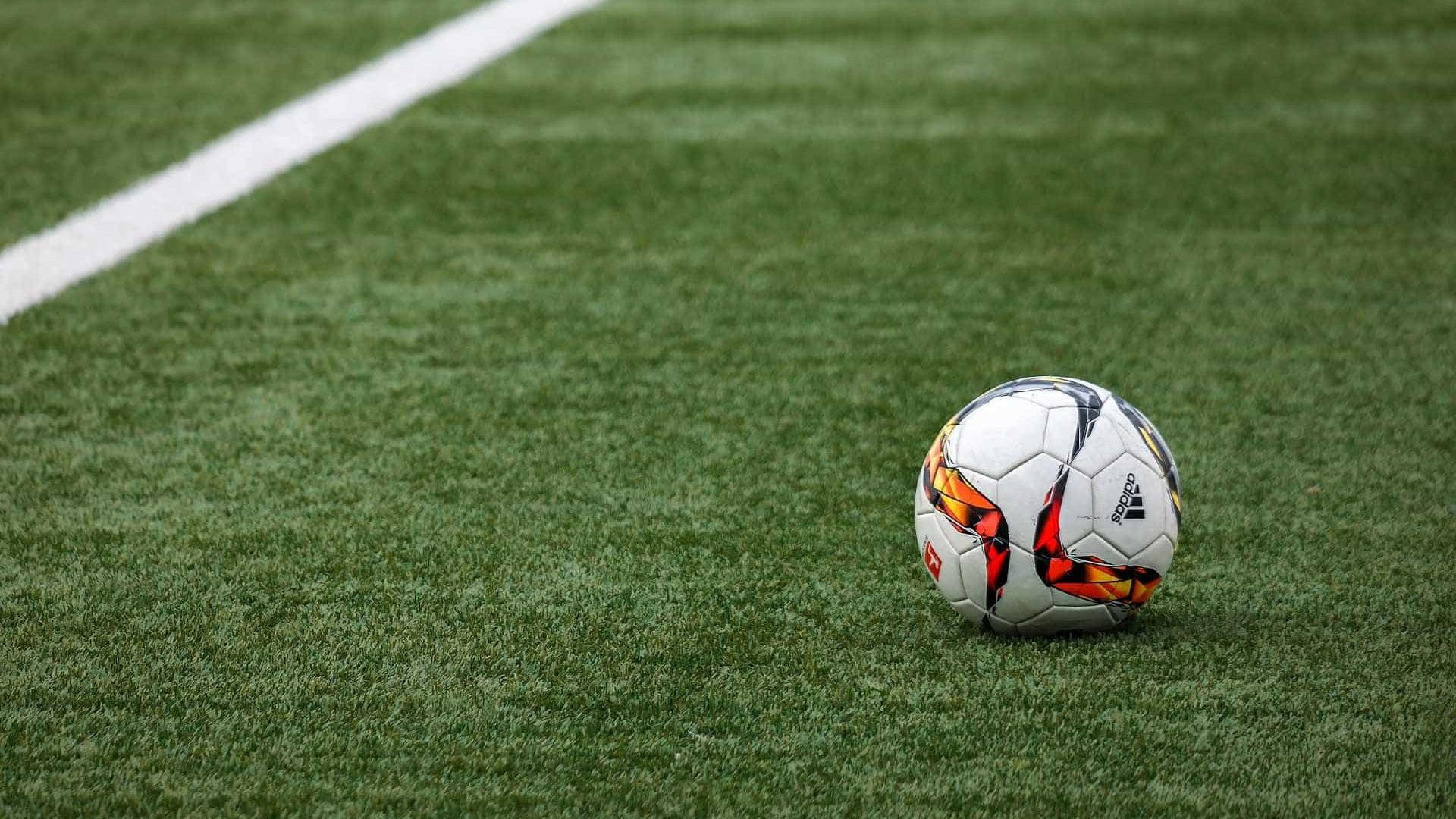 Pressão pela retomada do futebol entre julho e agosto é unânime