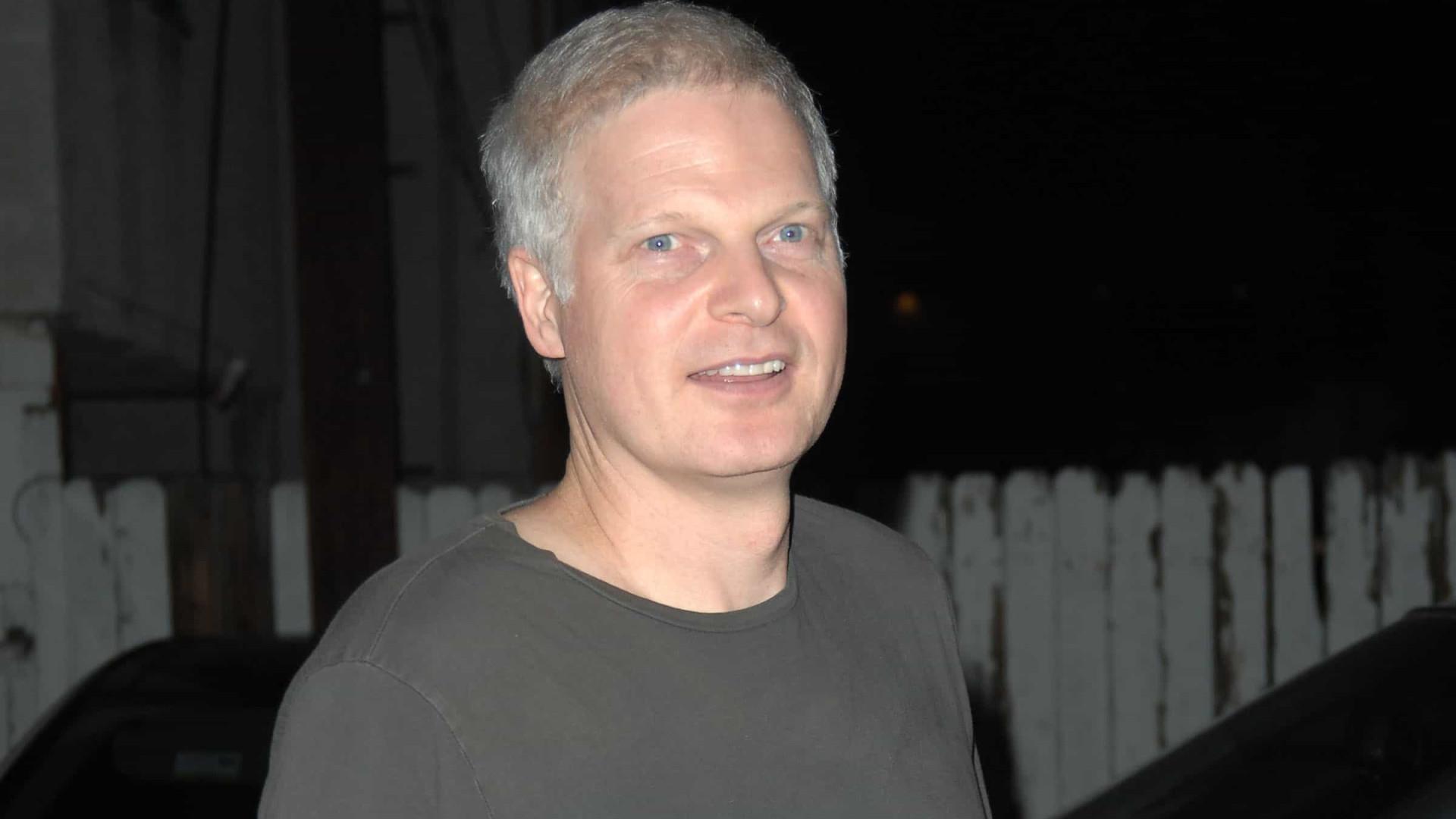 Morre Steve Bing, pai do filho de Elizabeth Hurley. Tinha 55 anos