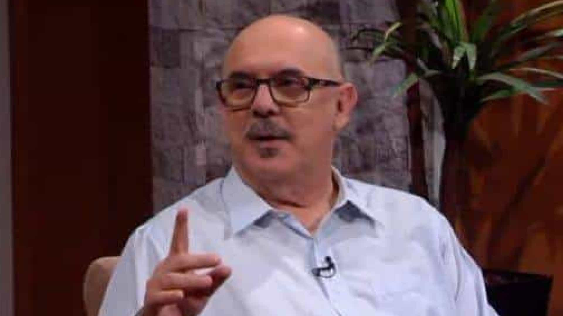 Novas universidades ensinam 'sexo sem limite', disse Milton Ribeiro