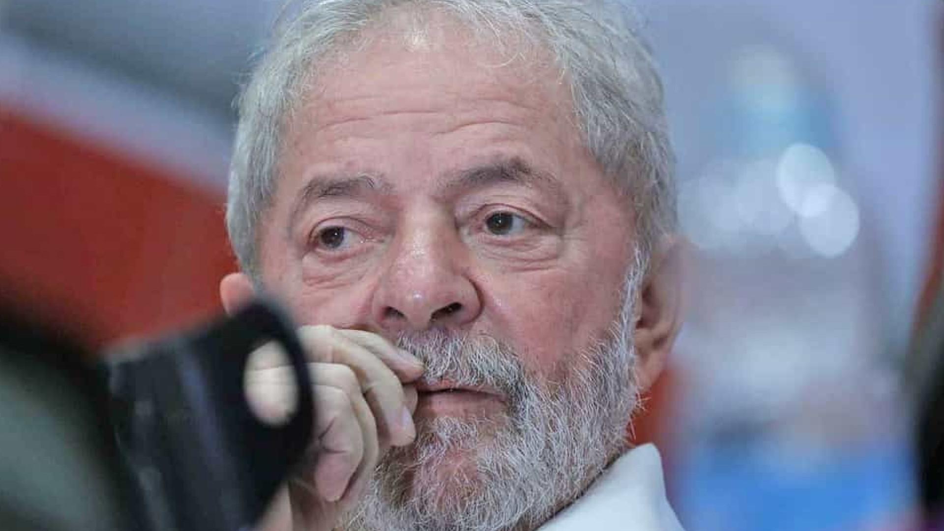 Quem tem de se preocupar com Moro é Bolsonaro, diz Lula