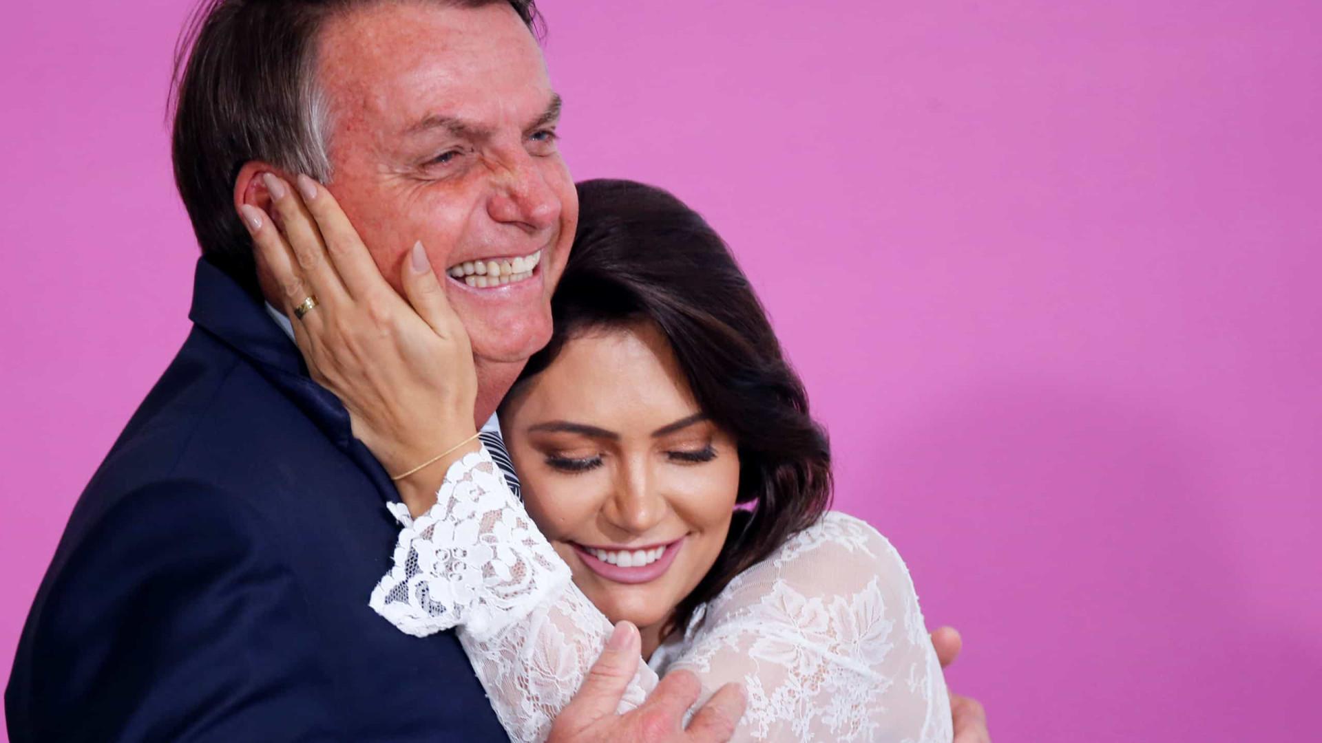 Planalto quer blindar Bolsonaro de novas revelações sobre primeira-dama