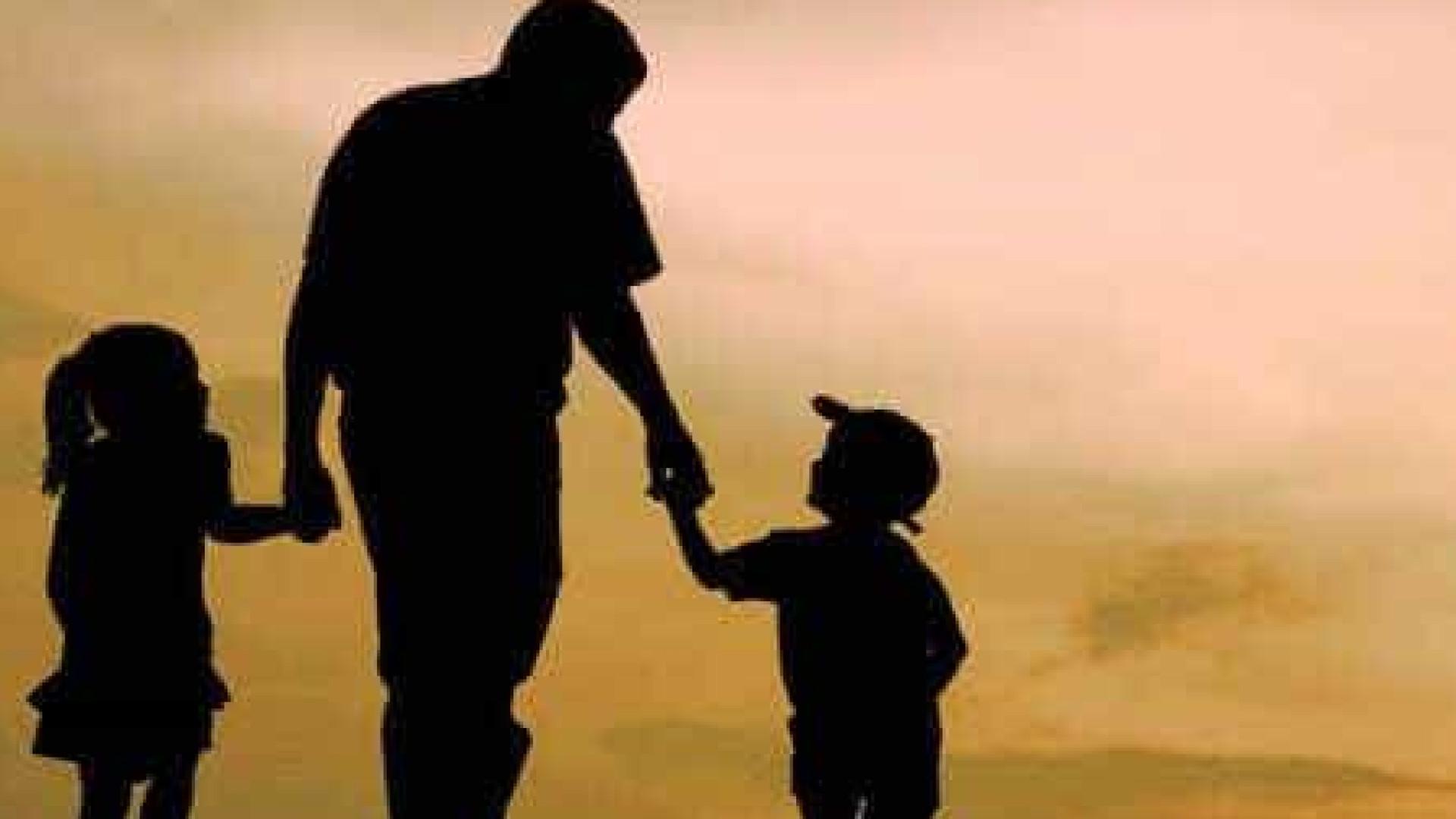 Atividades coletivas reconectam pais e filhos isolados na quarentena