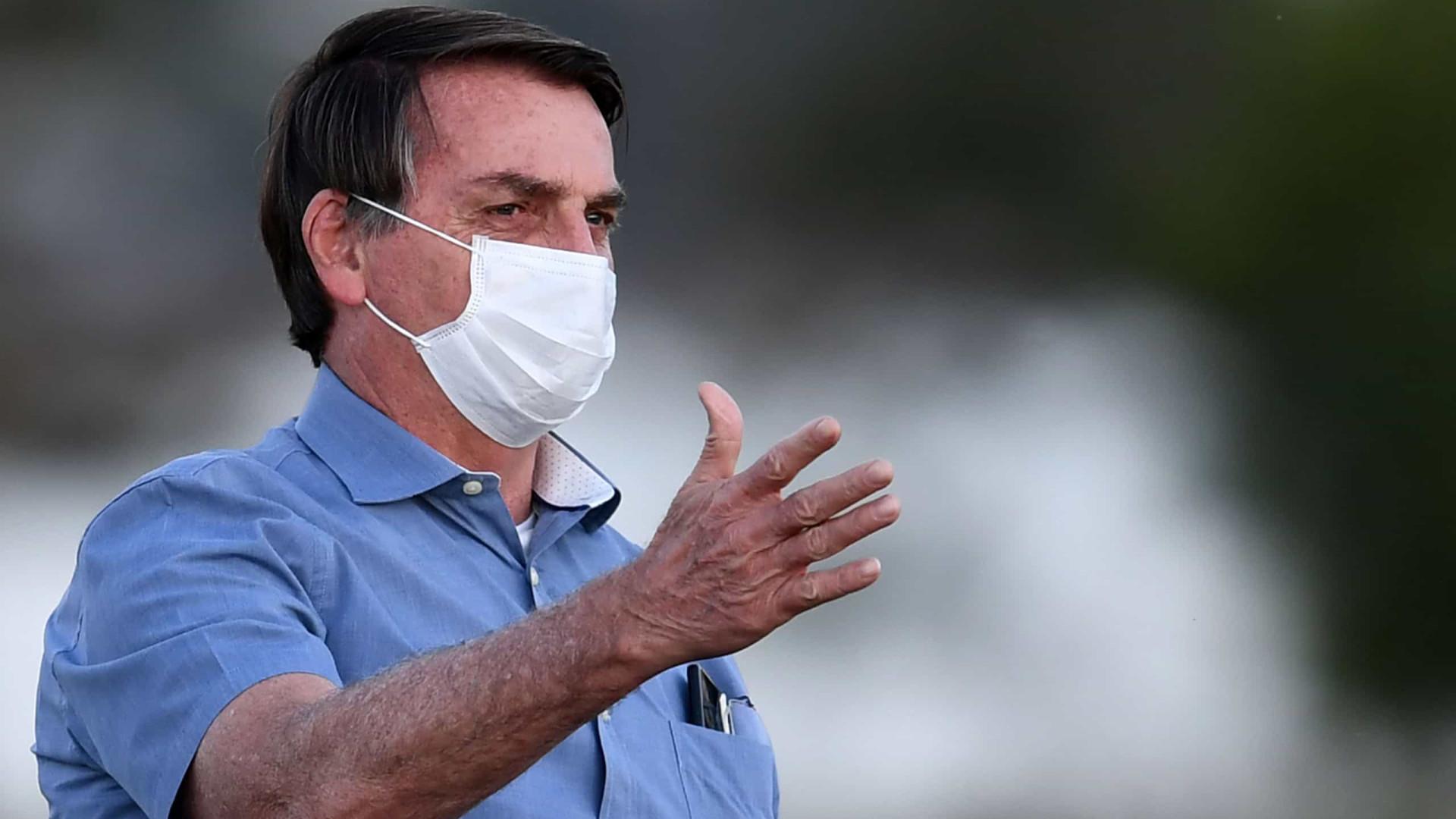 Bolsonaro se diz perseguido pela Globo