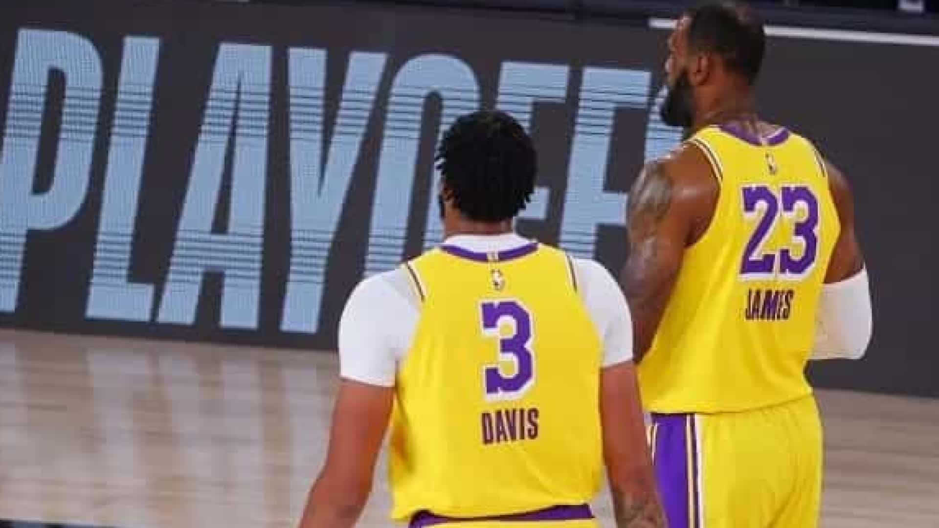 Lebron e Davis lideram o Lakers na vitória sobre o Houston Rockets