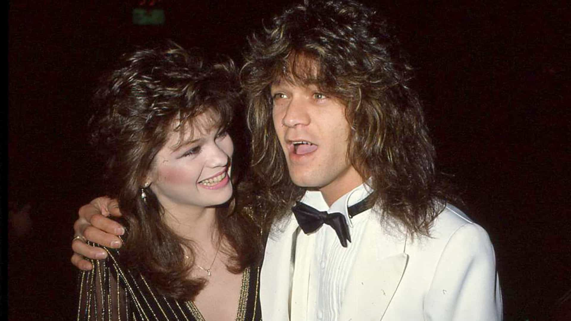 Ex-mulher de Van Halen, Valerie Bertinelli, recorda fotos 'únicas'