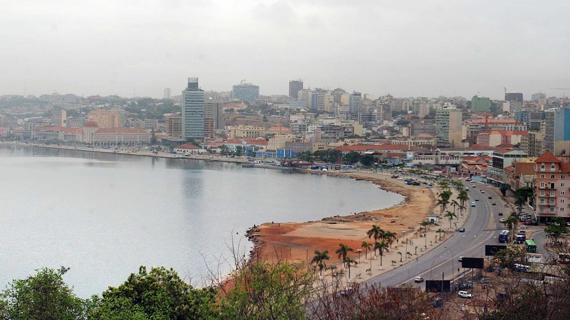 Cadáveres de recém-nascidos retirados de contentores e valas em Luanda