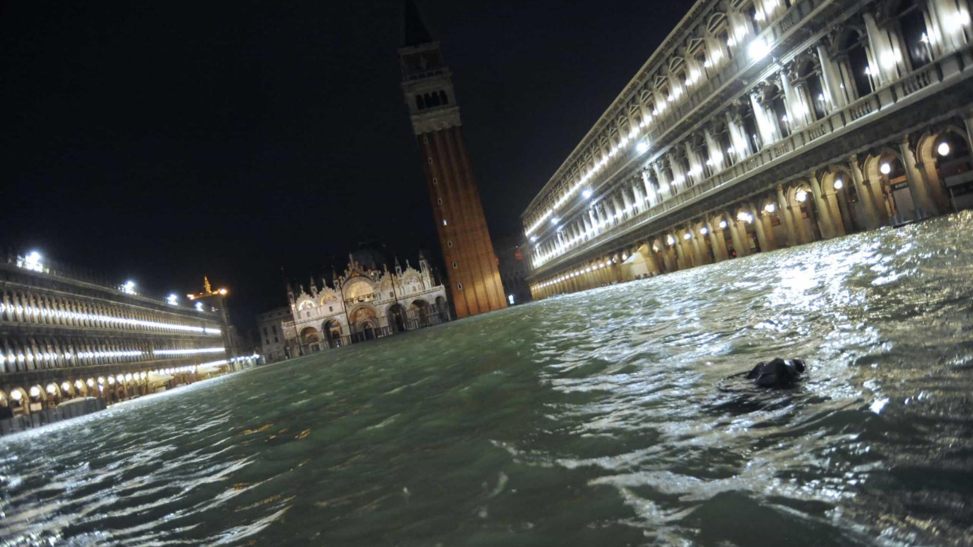 Decretado estado de emergência em Veneza devido às inundações