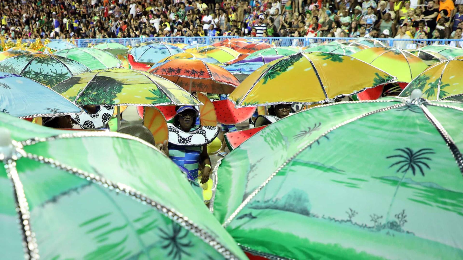 Carnaval no Brasil bate recordes de assistência este ano