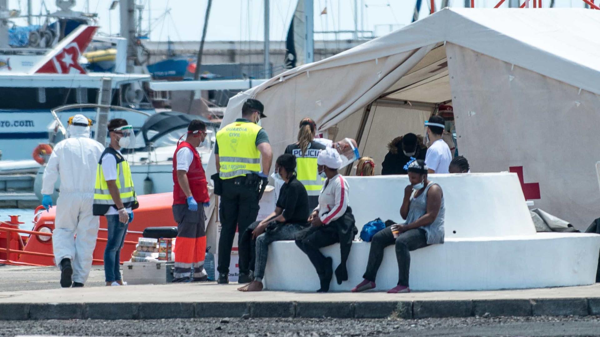 Quase 50 migrantes morrem em naufrágio entre Tunísia e Itália