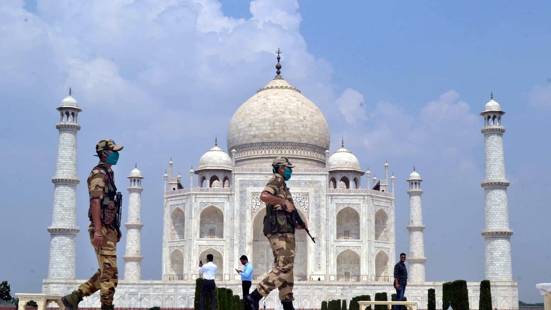 Taj Mahal evacuado após falso alerta de bomba