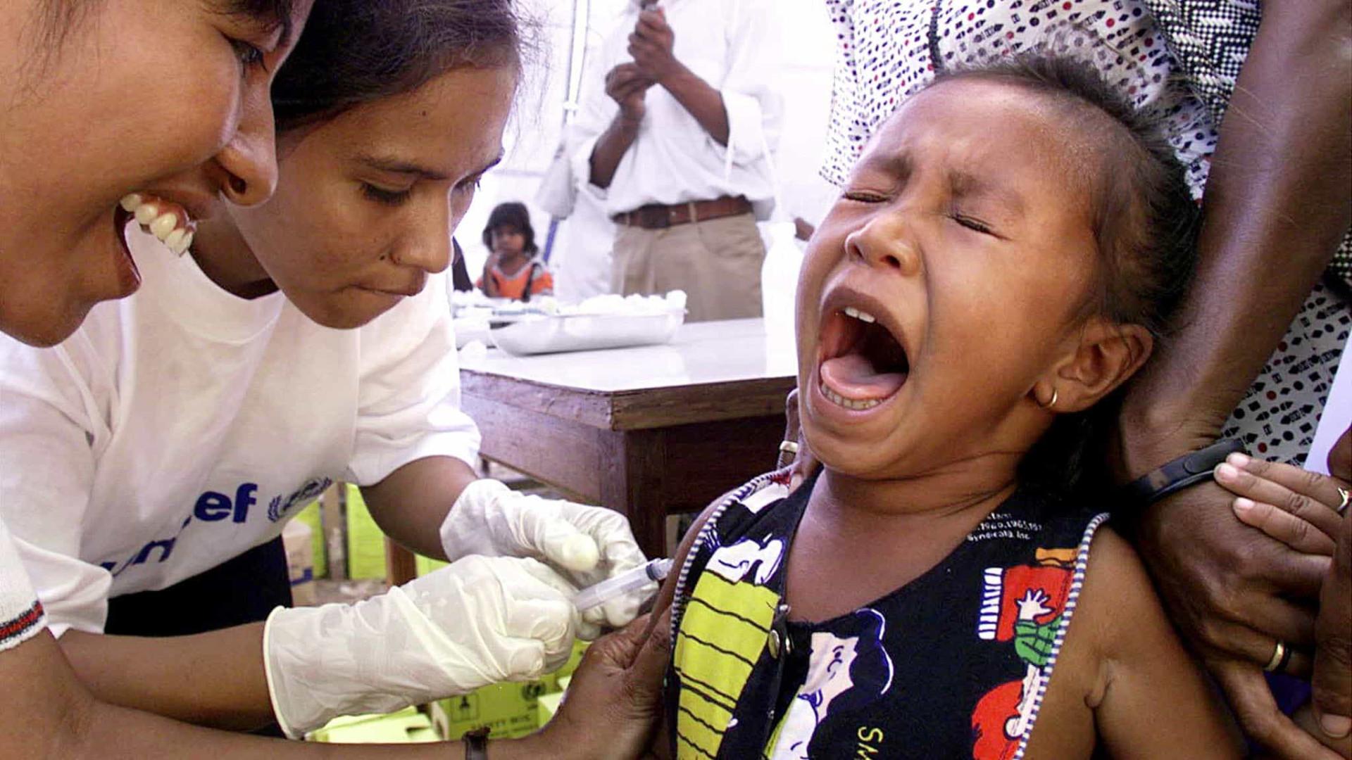 OMS alerta para aumento alarmante de casos de sarampo em todo o mundo
