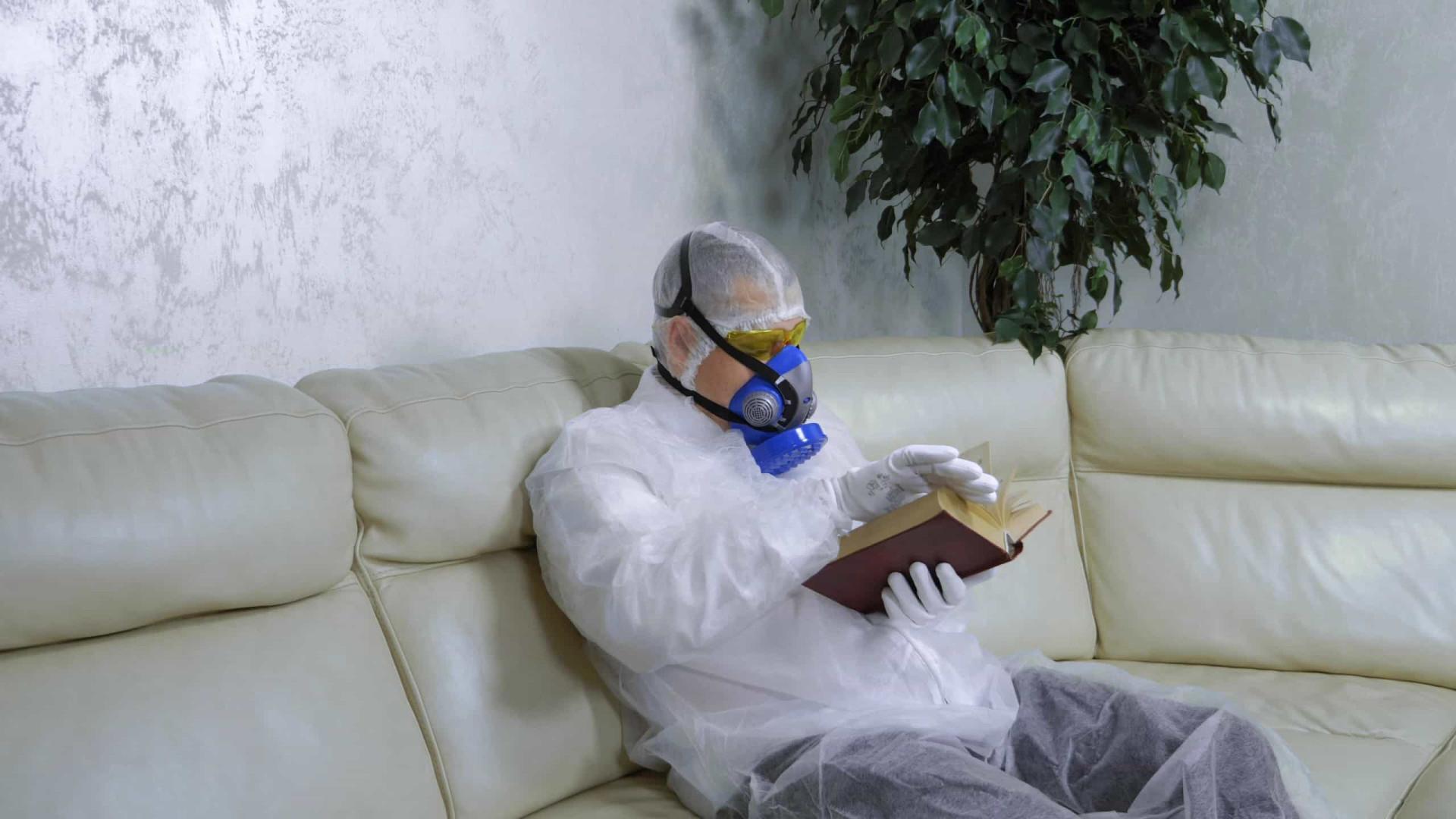 Brasil acumula 159,4 mil mortes por covid-19 desde início da pandemia