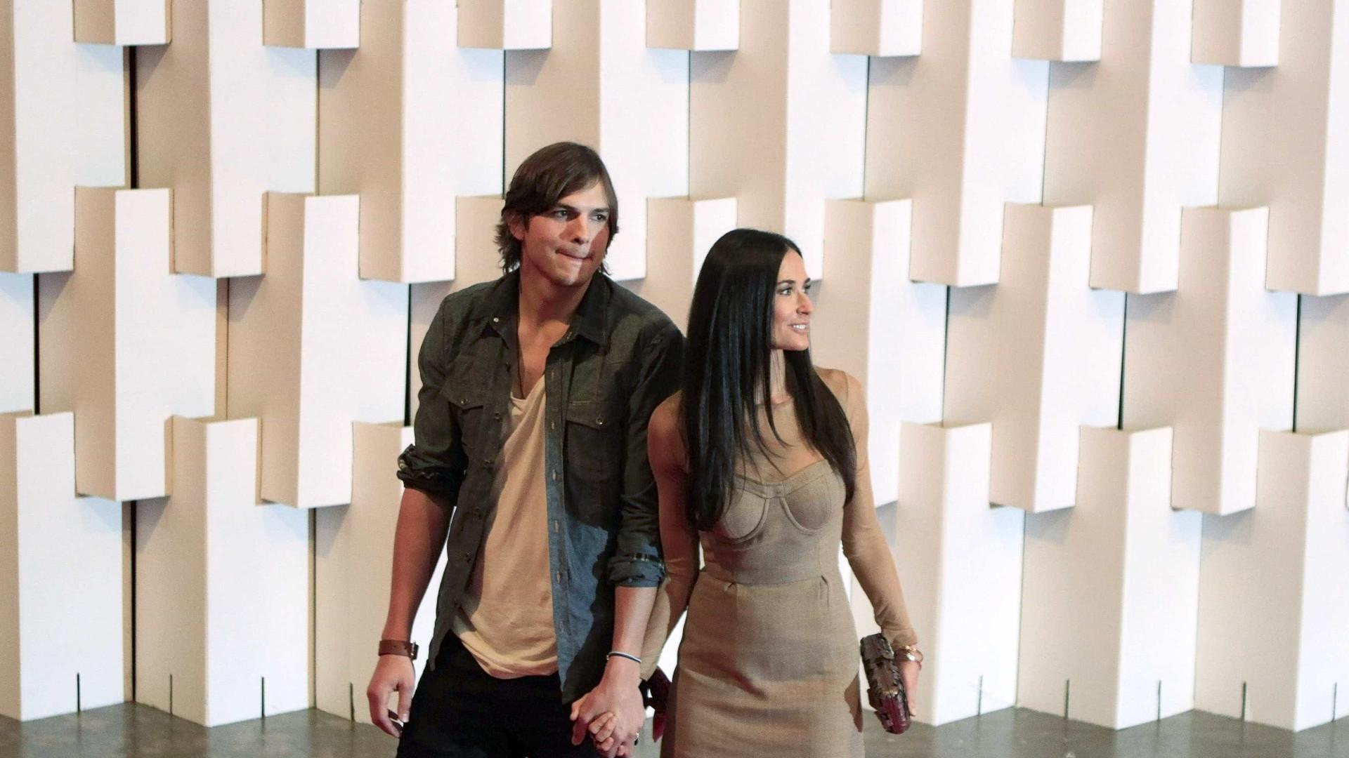 Demi Moore revela que Ashton Kutcher a traiu duas vezes