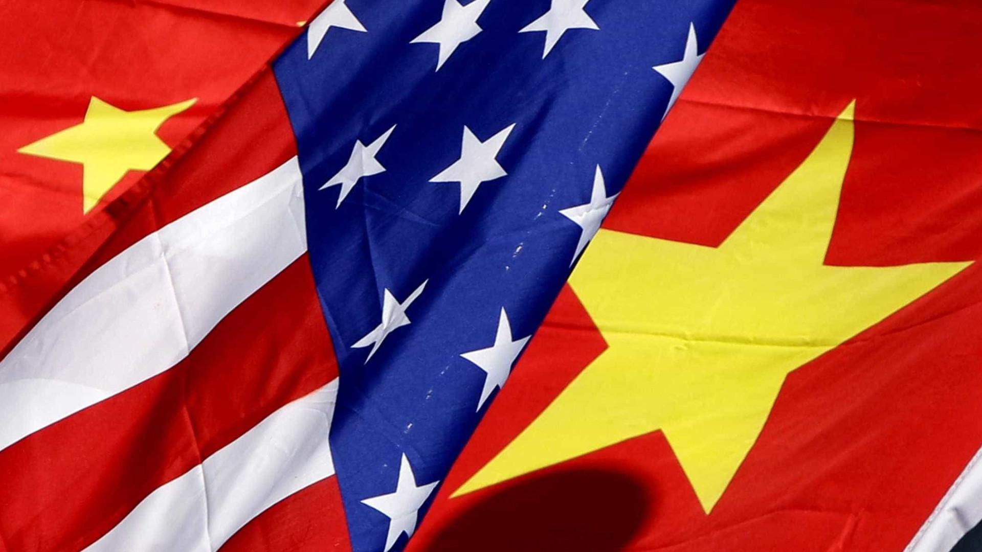 "EUA expulsaram ""secretamente"" dois diplomatas chineses"