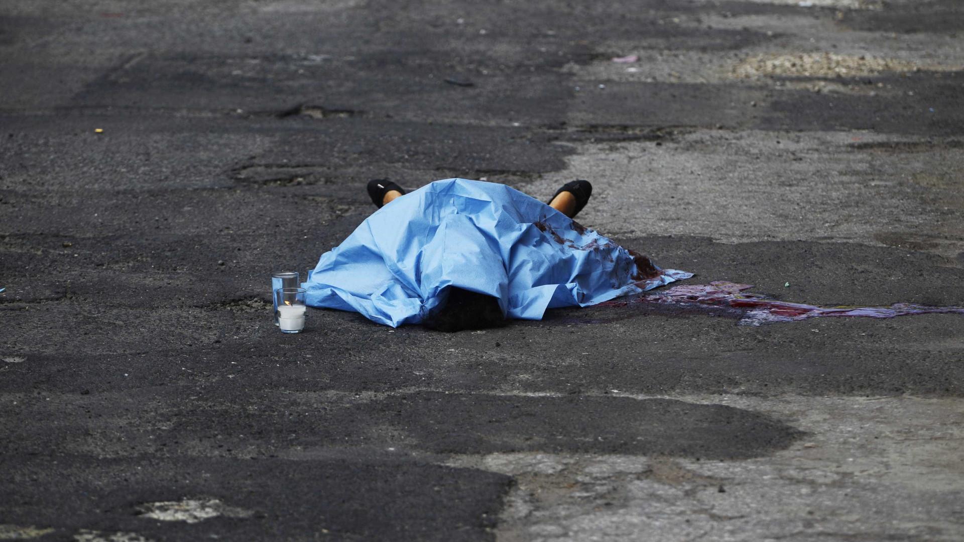 Família reconhece corpo de jovem que foi morta em PR