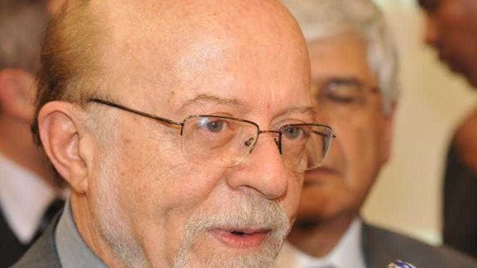 Vice-presidente do PSDB critica racha na votação do distritão