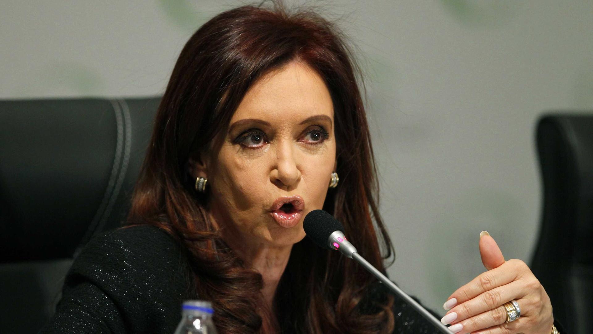 Ex-presidente Cristina Kirchner enfrenta nova sessão de julgamento