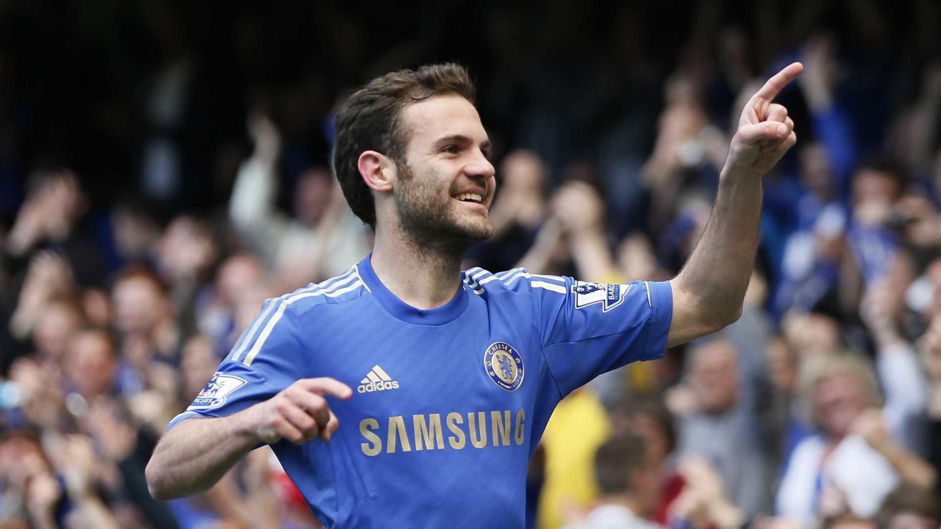 Manchester United renova contrato do espanhol Juan Mata até 2021
