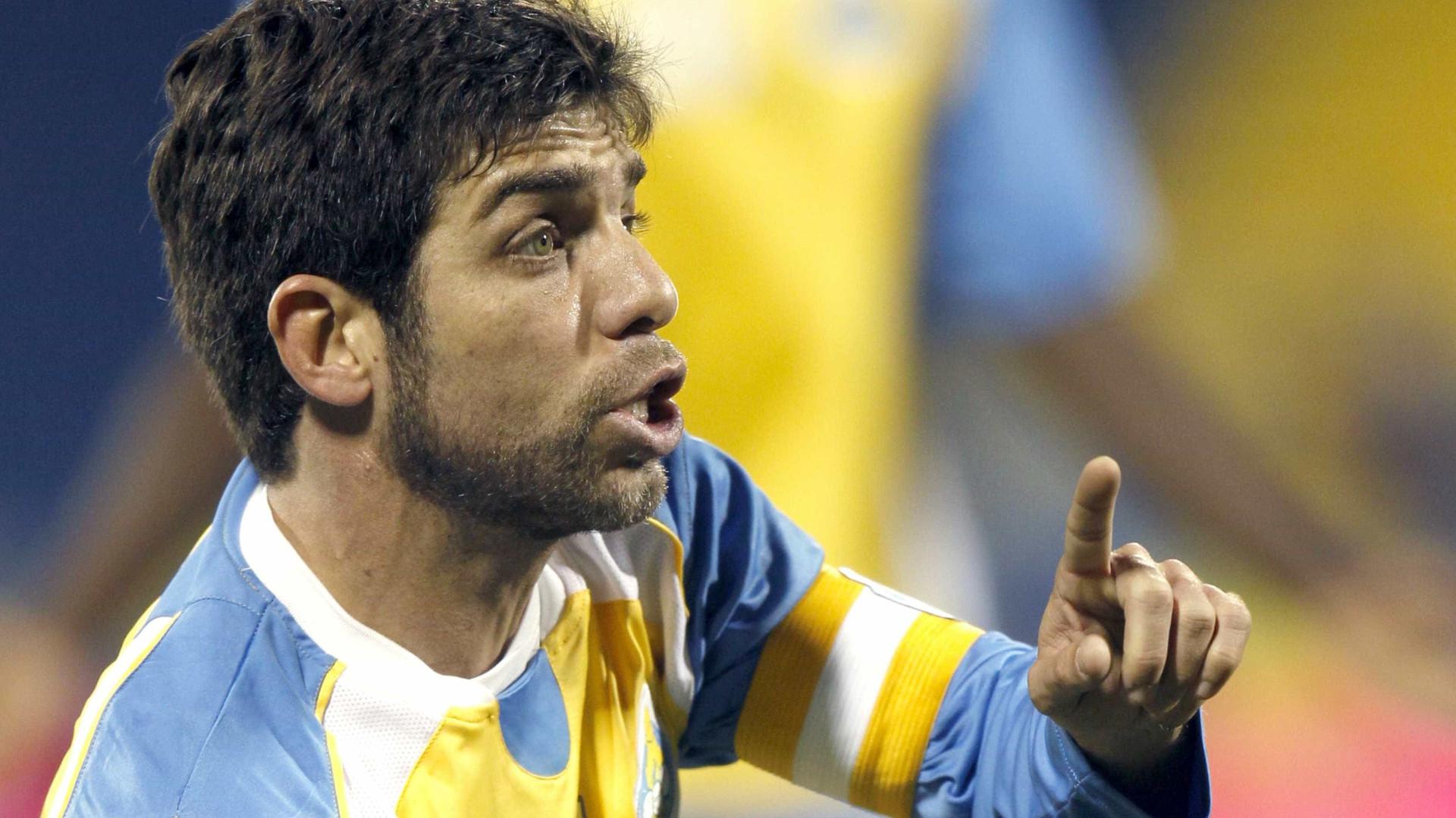 Juninho surpreende e faz 1º coletivo no Vasco após lesão