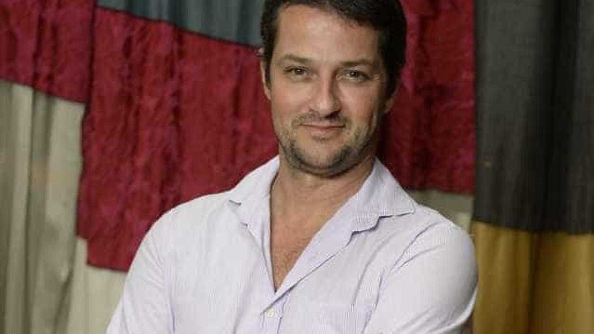 Marcelo Serrado perde quatro quilos para viver dublê em novela na Globo