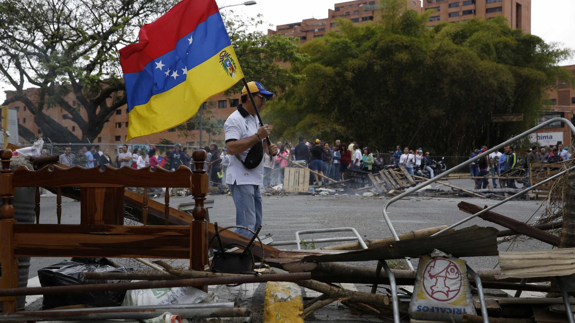 Qual é o papel dos EUA na crise na Venezuela?