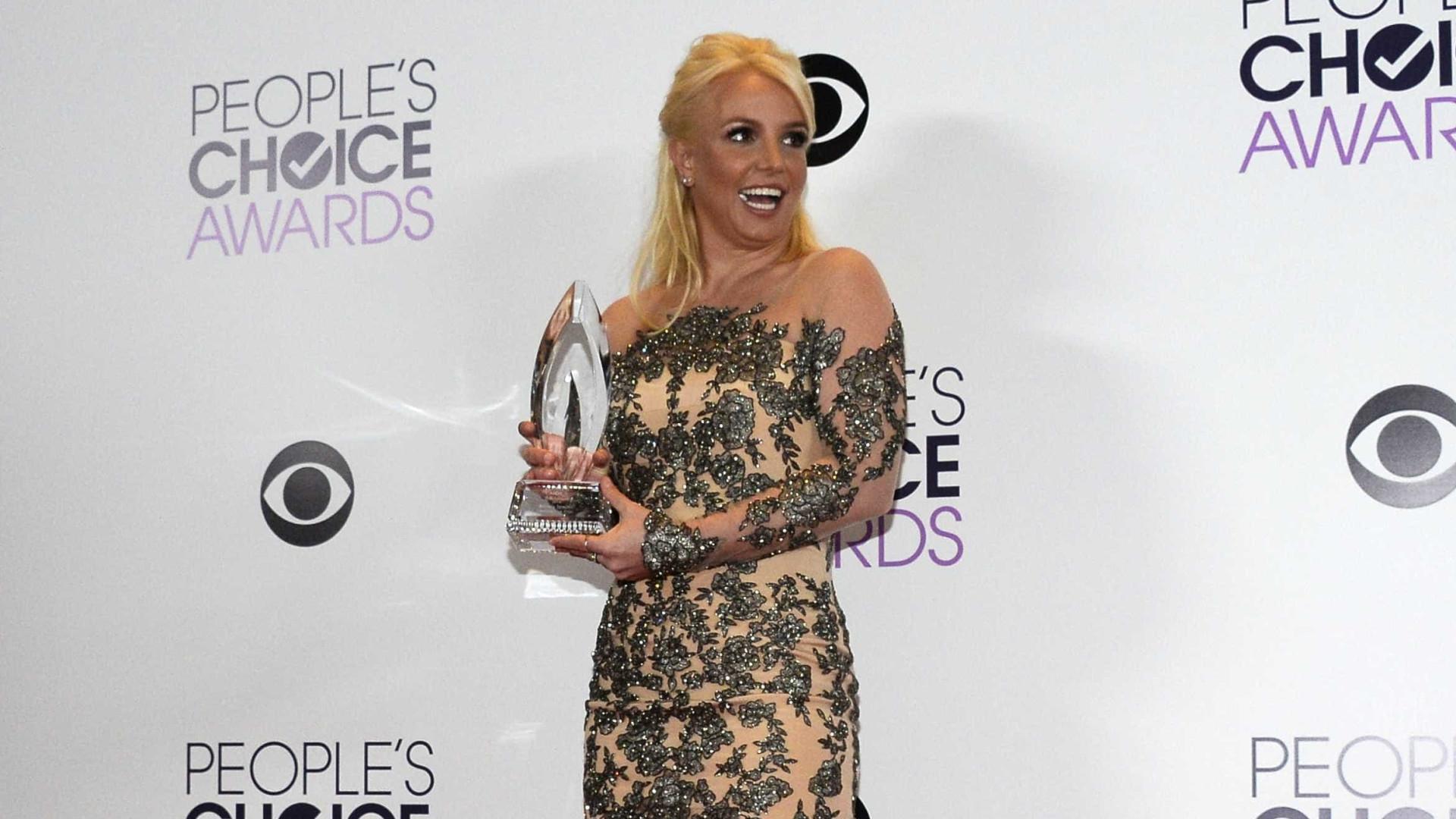 Pai de Britney Spears processa advogado da filha