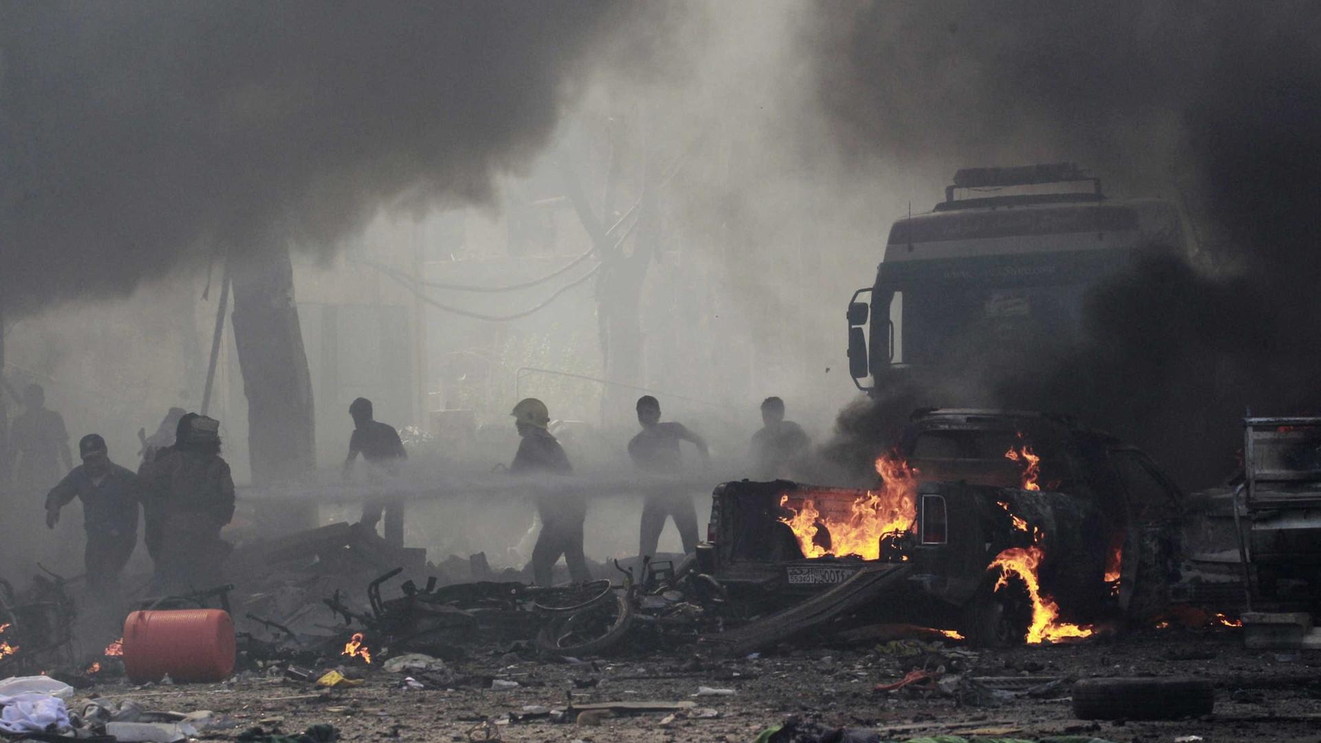 Ataques aéreos da Síria contra Estado Islâmico deixam 31 mortos