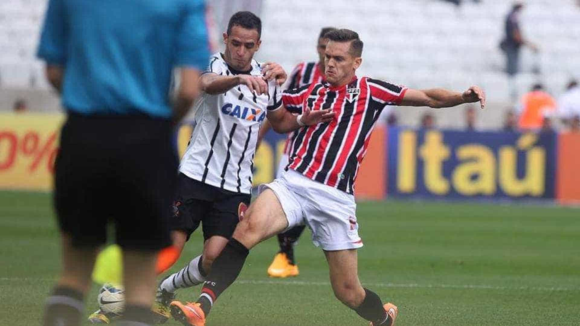Corinthians vence clássico contra São Paulo no Itaquerão