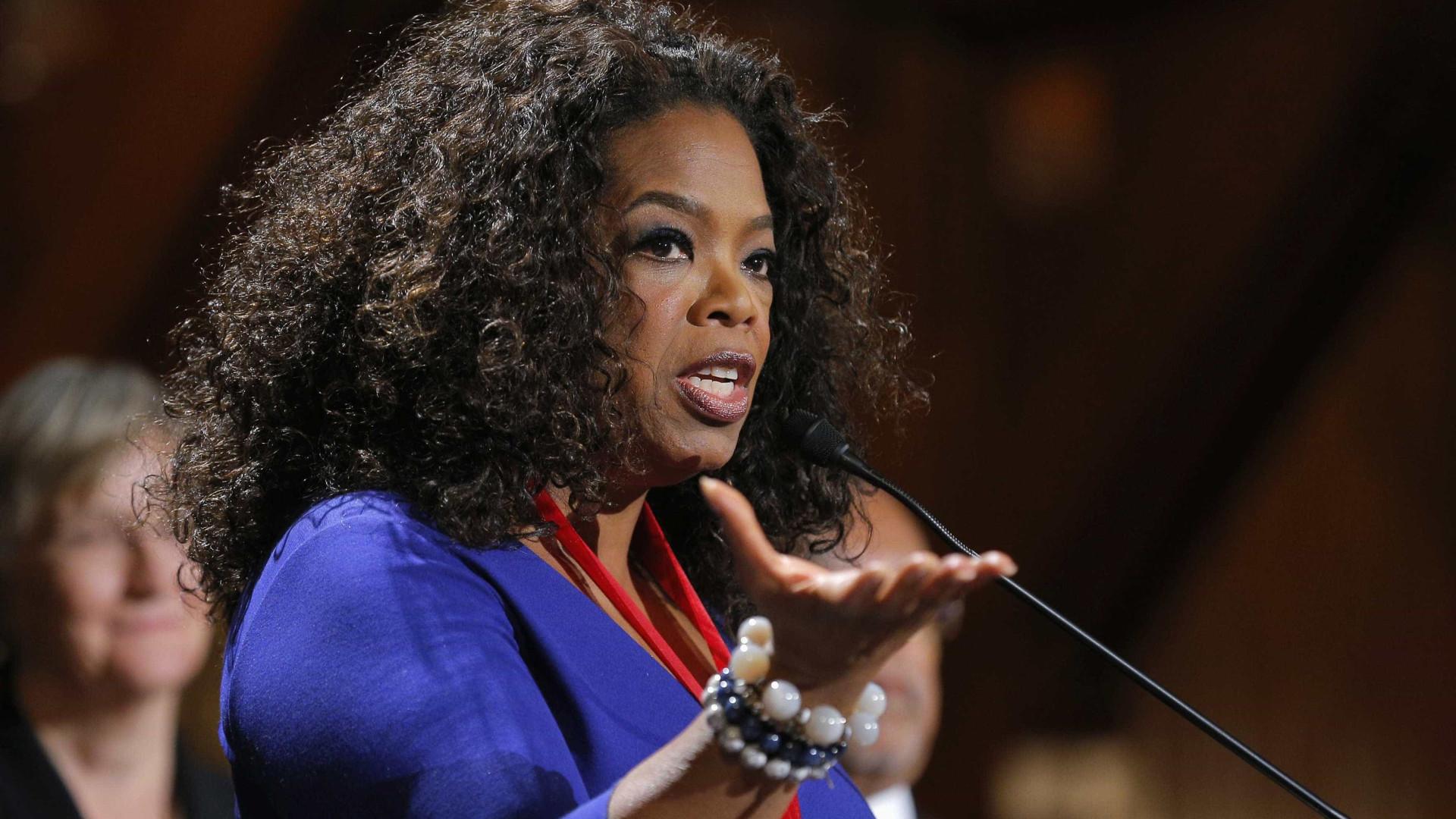 Oprah diz que não aconselhou Meghan e Harry se afastarem da realeza