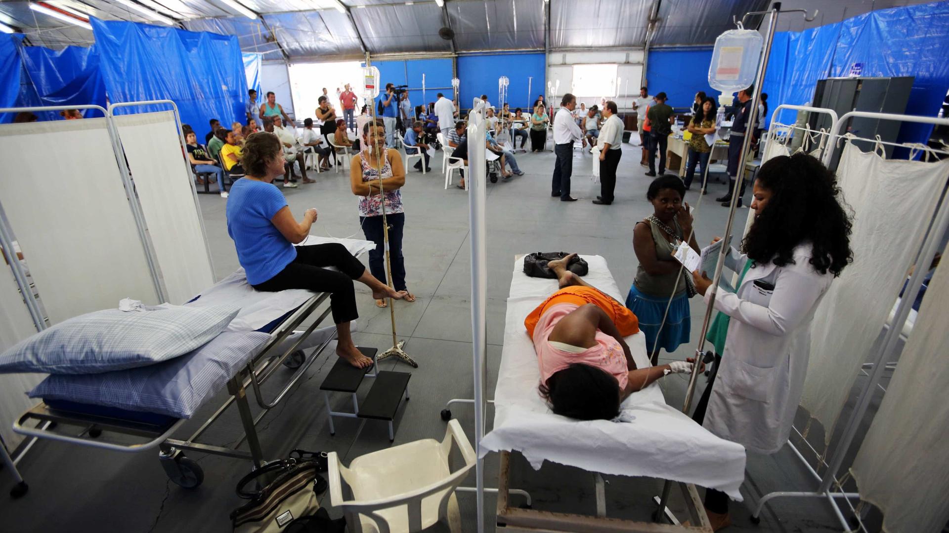 Prefeitura de SP instala tendas para atender pacientes