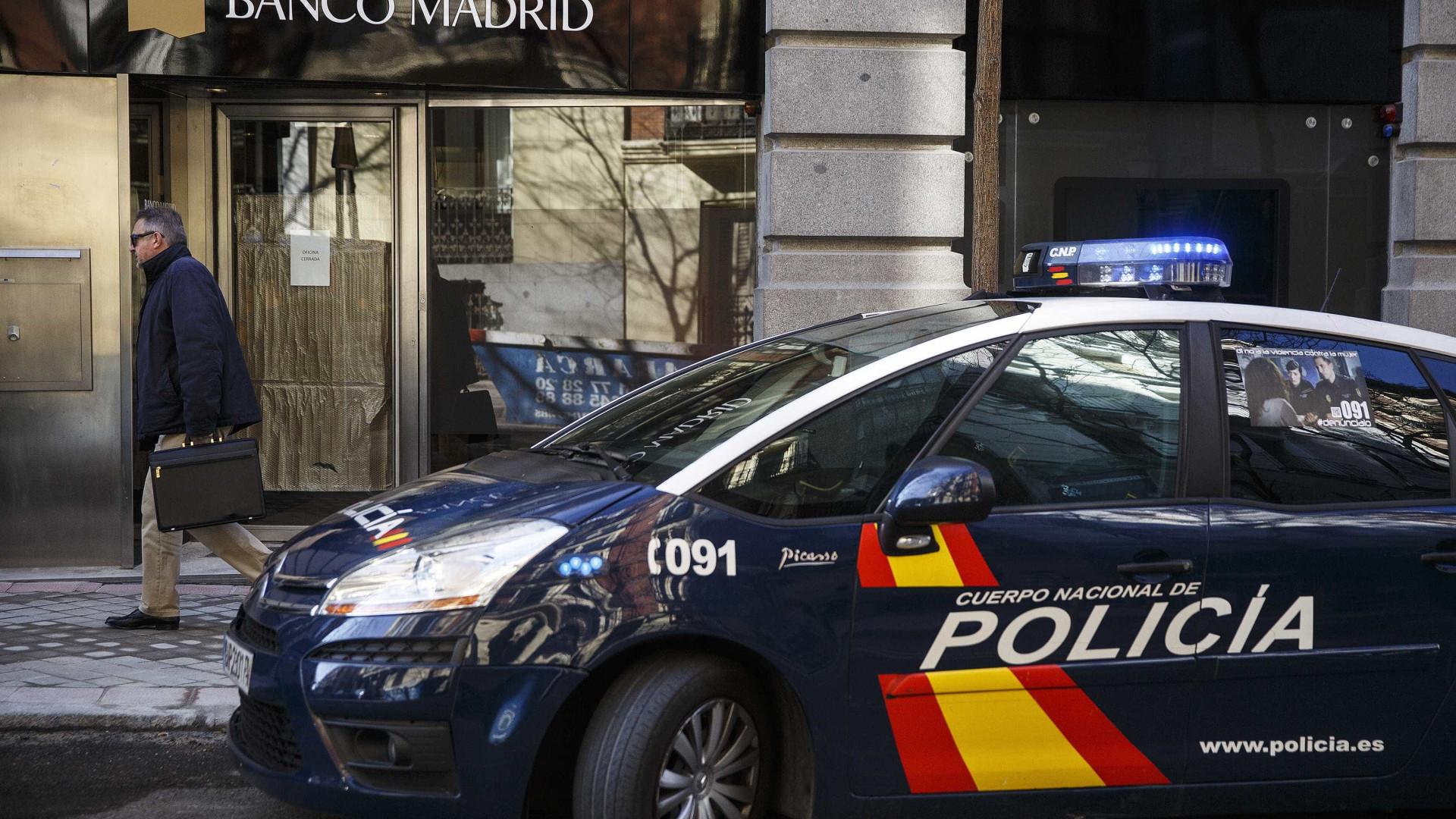 Prisão de rapper por criticar a monarquia gera protestos na Espanha