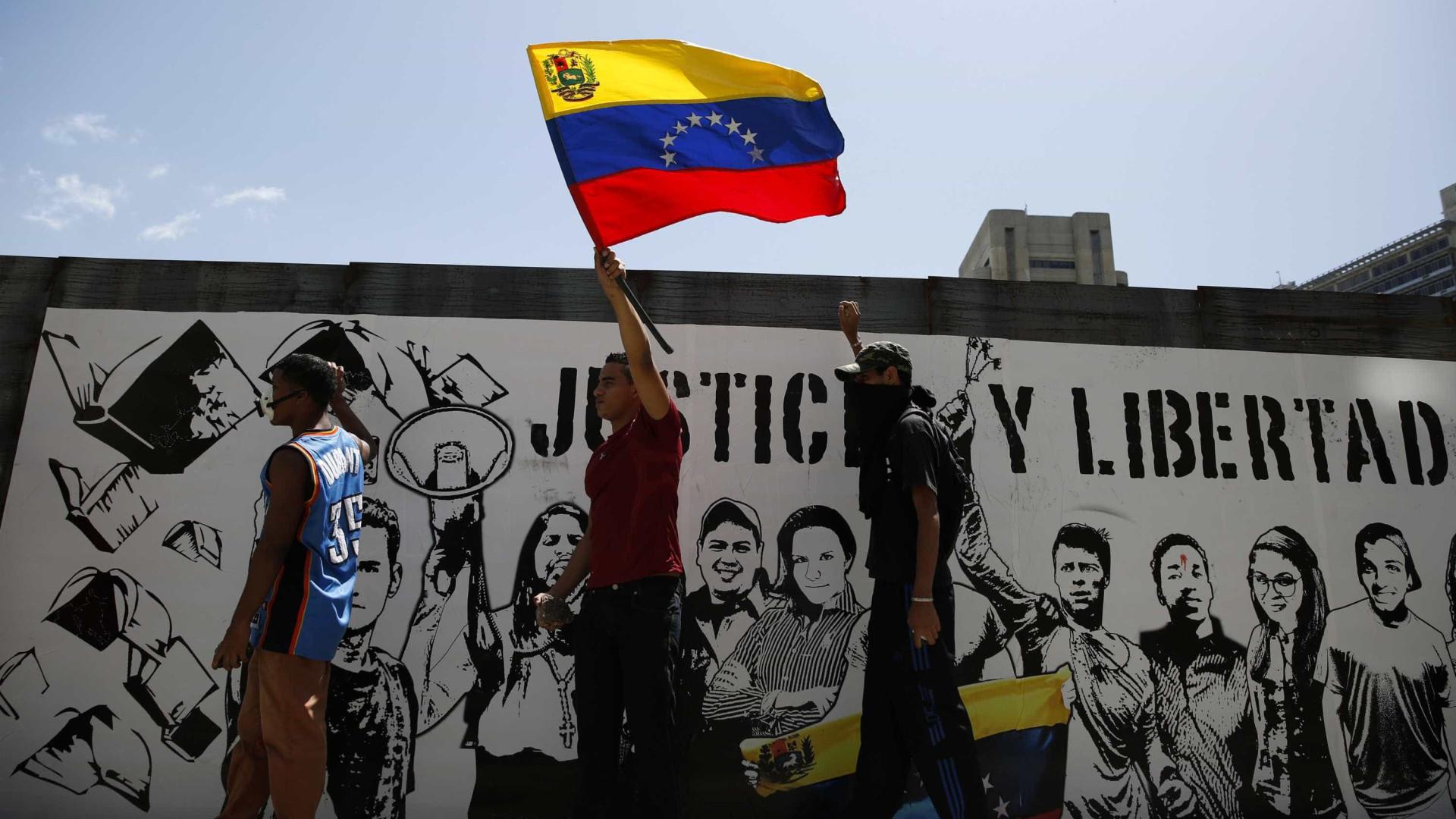 Confrontos na fronteira entre Venezuela e Colômbia deixam um morto