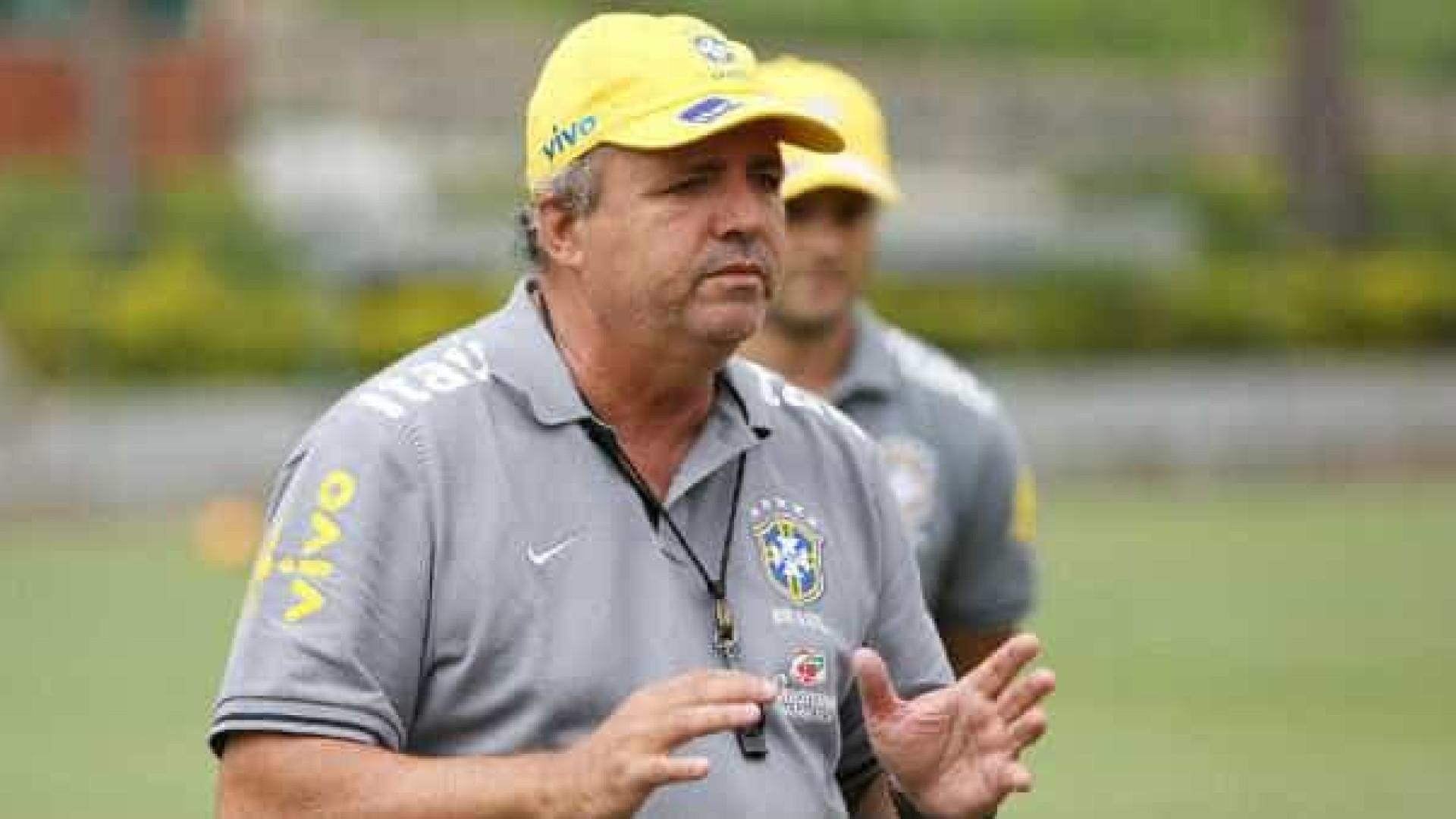 Ex-técnico da seleção feminina, Vadão é internado em São Paulo