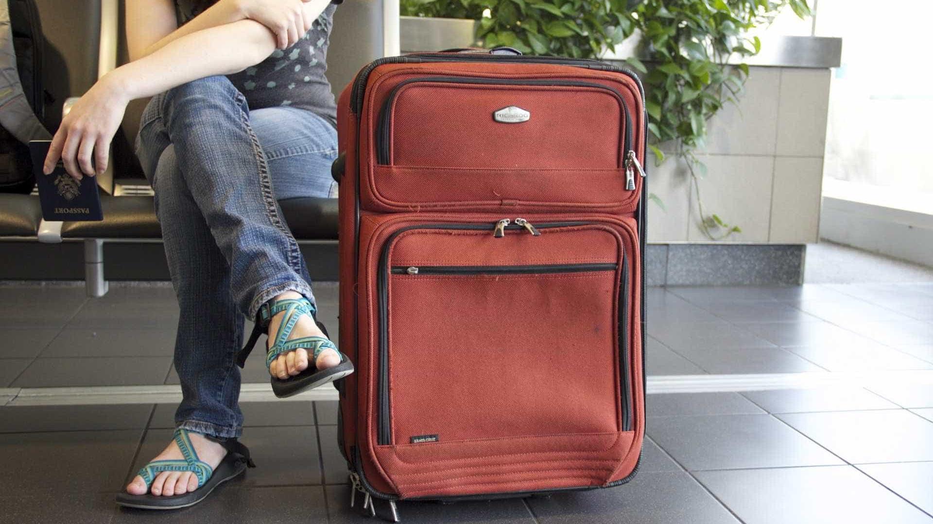 Gastos de brasileiros em viagens internacionais sobem 2,44% em junho