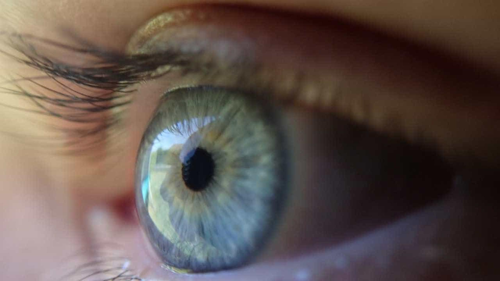 Está com os olhos amarelados? Saiba o que pode ser