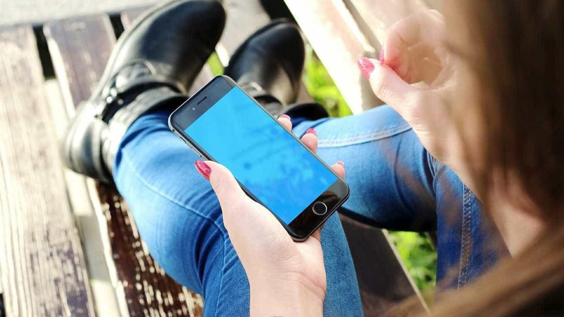 1 em cada 4 adolescentes brasileiros é dependente de Internet