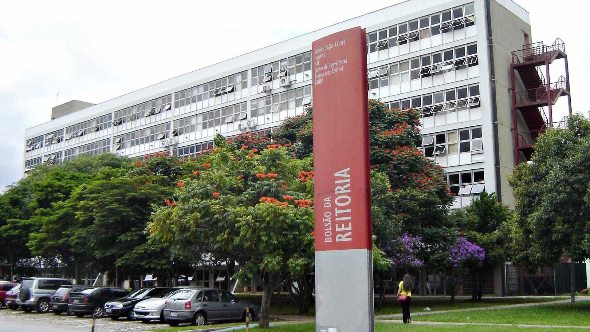 Universidades e escolas paulistas aderem a paralisação