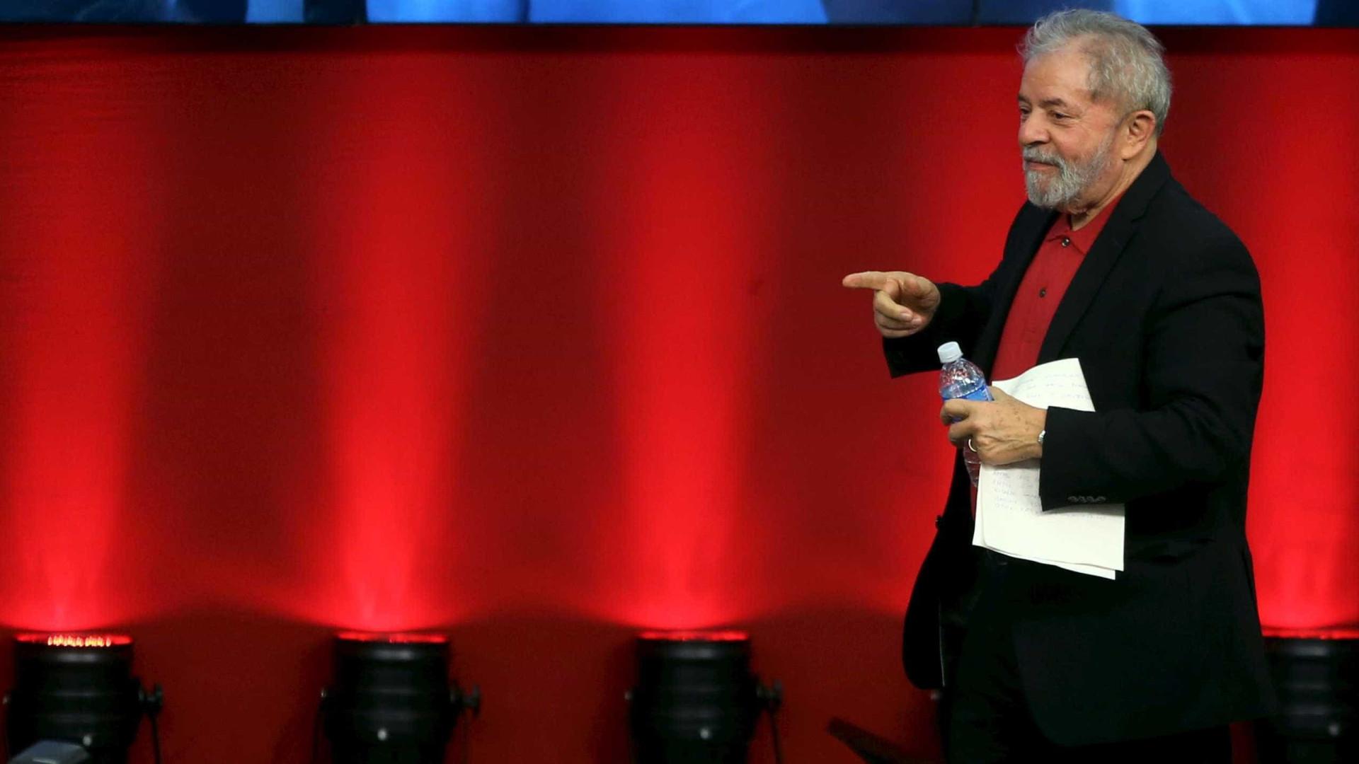 Lula chama reclamação de Moro de 'pirotecnia' e defende Bolsonaro