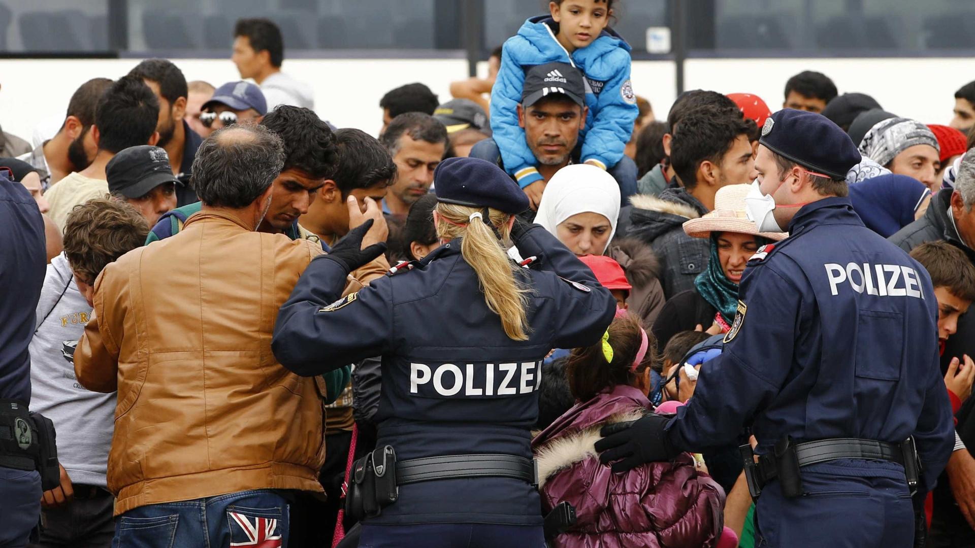 Alemanha aprova novas regras para facilitar expulsão de migrantes